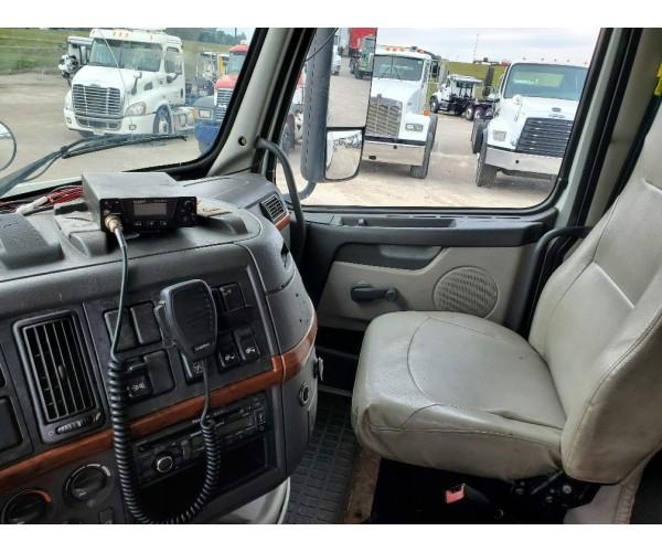 2011 Volvo VNL 630 in IN