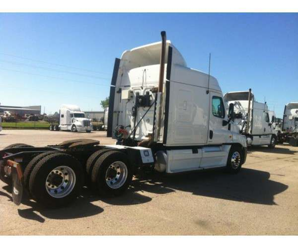 2011 Freightliner Cascadia XT with SCR / DEF, Detroit, 10 speed, wholesale