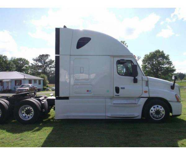 2015 Freightliner Cascadia Evolution5
