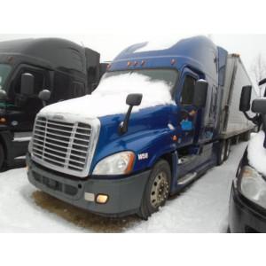 2014 Freightliner Cascadia in KS