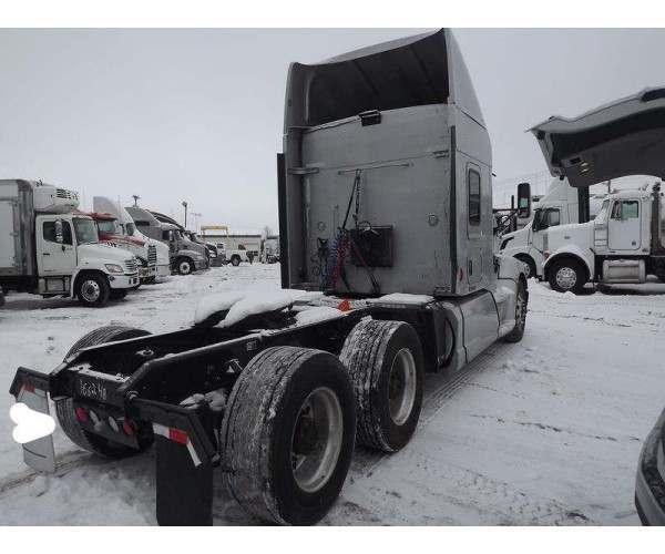 2012 Kenworth T660 19