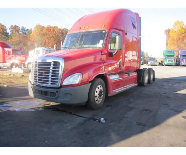 2012 Freightliner Cascadia in TN