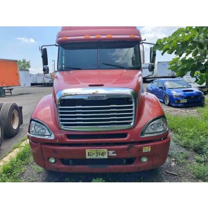 2004 Freightliner Columbia in NJ