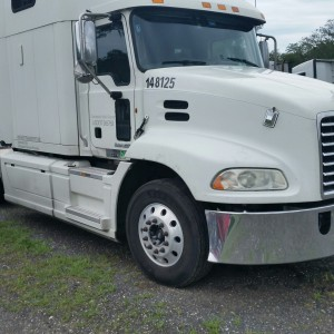 2013 Mack CXU613 in FL