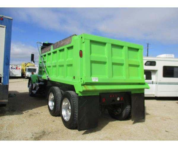 2011 Kenworth T800 Dump Truck 3