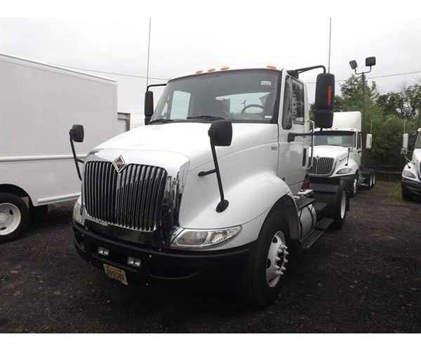 2011 International 8600 Day Cab in PA