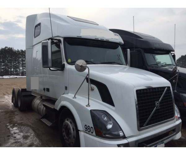 2009 Volvo VNL670 Michigan