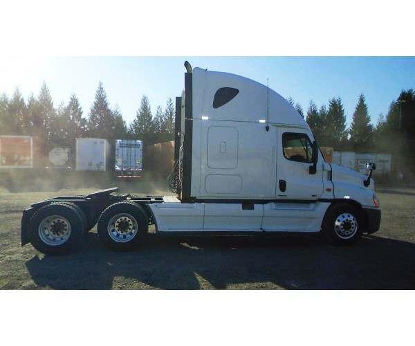 2011 Freightliner Cascadia3