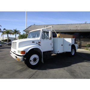 2000 International 4700 Cab&Chassis in CA