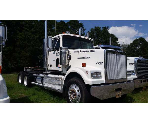 2011 Western Star 4900EX Day Cab