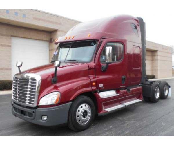 2012 Freightliner Cascadia 7