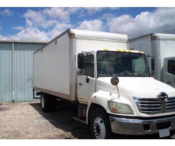 2006 Hino 268 Box Truck in OH