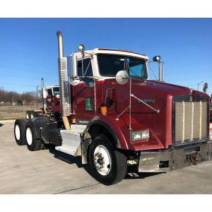 2014 Kenworth T800 Day Cab in TX