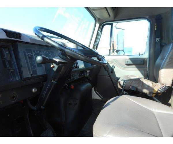 1997 International 4700 Flatbed Truck2
