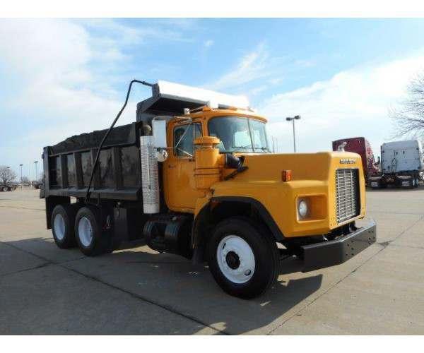 2002 Mack RB688S Dump Truck 2
