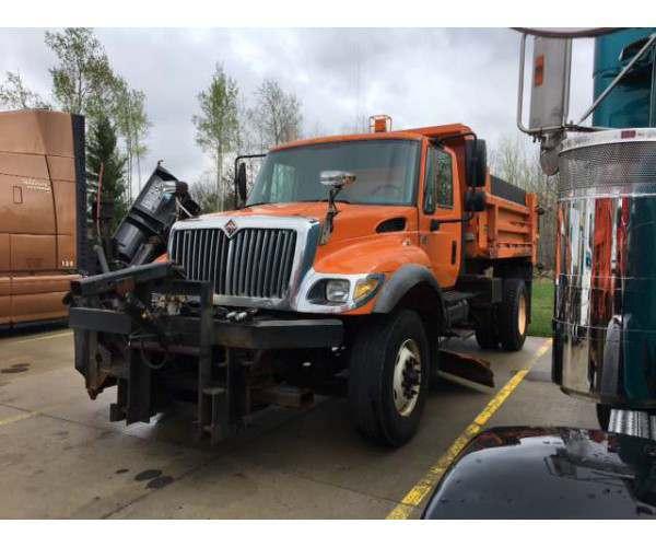2006 International 7400 Plow Truck 4