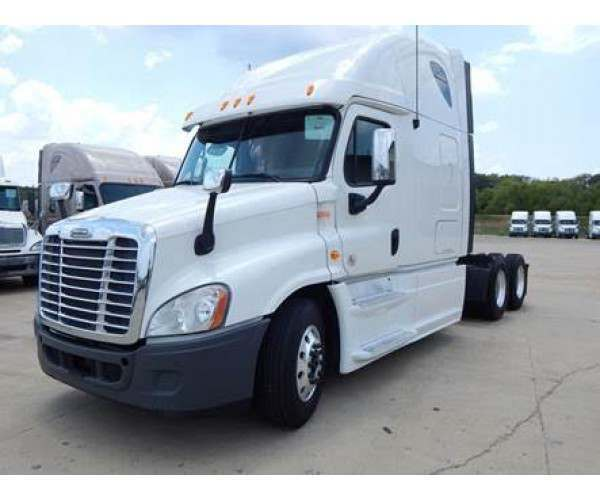 2013 Freightliner Cascadia with Detroit DD15, 10 spd manual, NCL Truck Sales