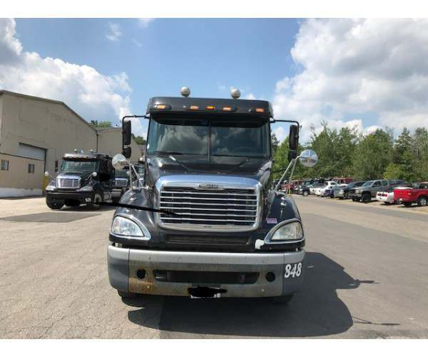 2007 Freightliner Columbia in PA
