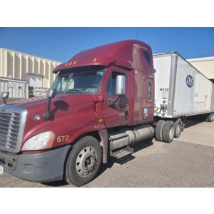 2010 Freightliner Cascadia in IA