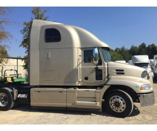 2015 Mack Pinnacle CXU613 6