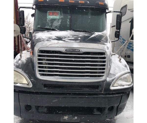 2005 Freightliner Columbia in MI