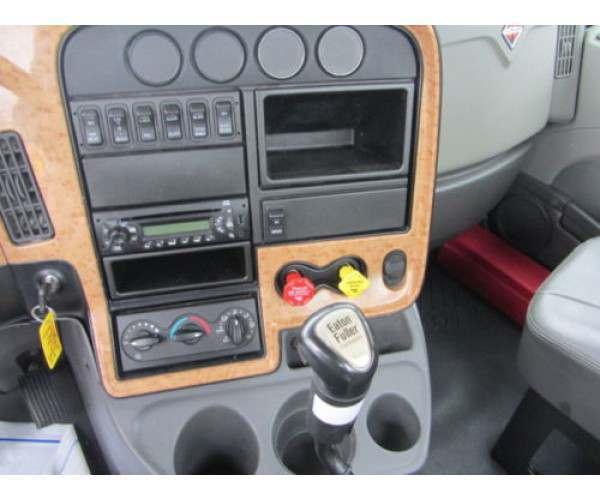 2013 International Prostar Day Cab 1