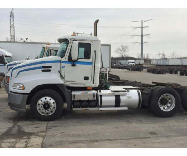 2009 Mack CXU613 Day cab with MP7 in Illinois, wholesale, NCL Truck Sales