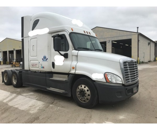 2013 Freightliner Cascadia in IA