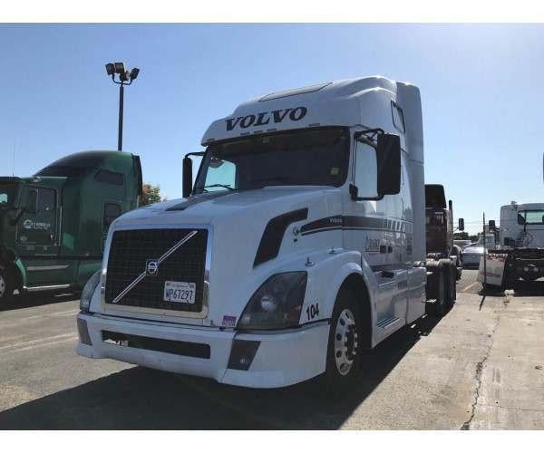 2009 Volvo VNL 670 1