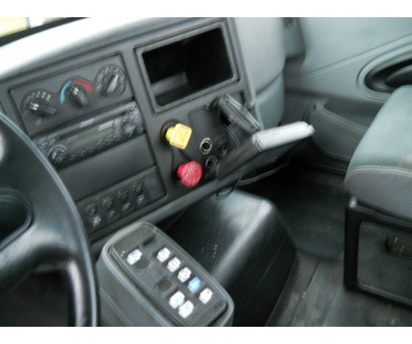 2007 International 8600 Day Cab in SC