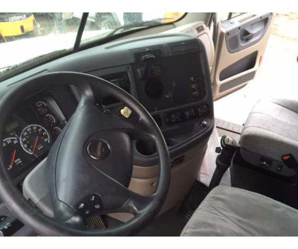 2010 Freightliner Cascadia with DD15 in Miami, APU, wholesale, NCL Truck sales