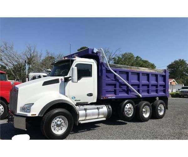 2015 Kenworth T880 Dump Truck3