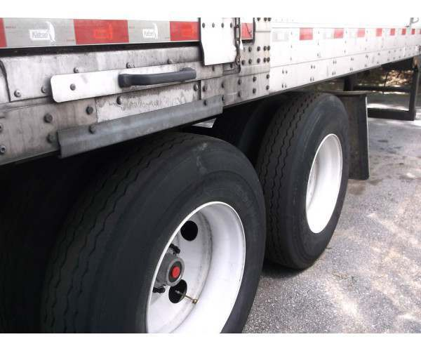 2004 Utility Reefer Trailer10
