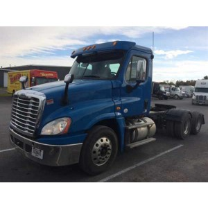 2012 Freightliner Cascadia Day Cab in NY