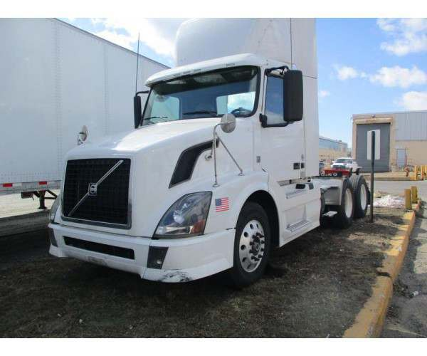2012 Volvo VNL 300 Day Cab 1