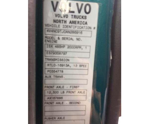 2010 Volvo VNL 670 4