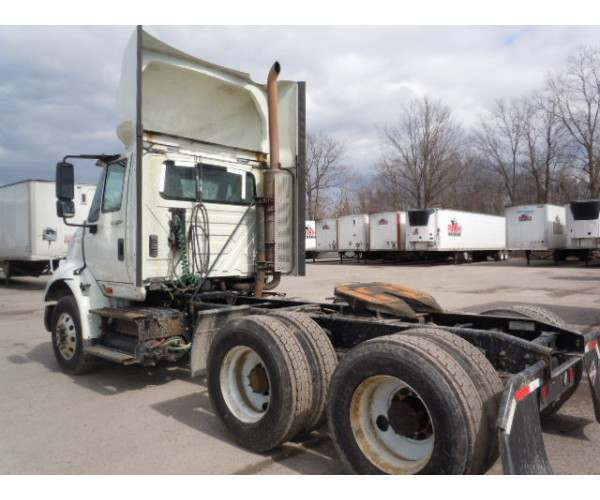 2013 International 8600 Day Cab 6