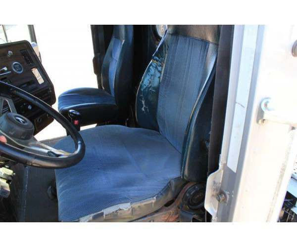 1997 Freightliner FL120 Day Cab 7