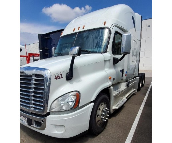 2017 Freightliner Cascadia in CO