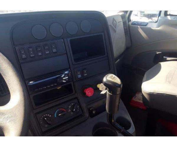 2013 International Prostar Day Cab8