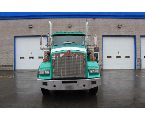 2014 Kenworth T800 Day Cab 8