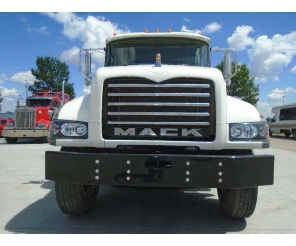 2011 Mack GU713 Day Cab