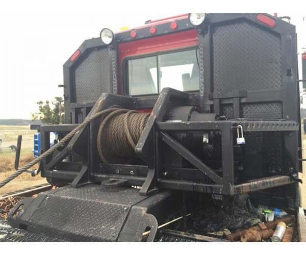 2000 Kenworth C500B winch truck