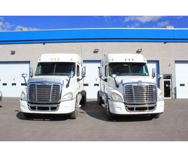 2013 Freightliner Cascadia in Canada