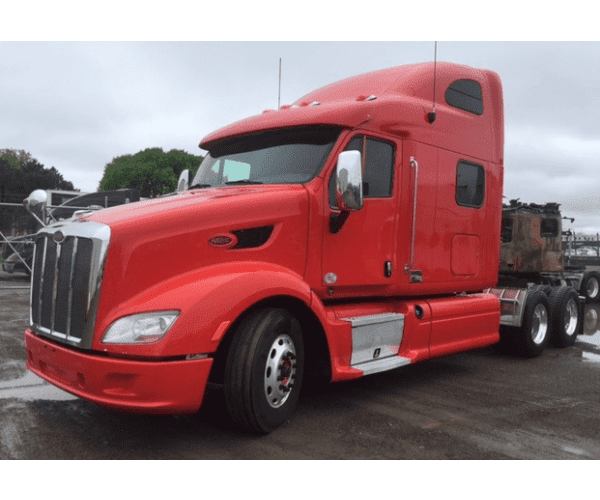 2012 Peterbilt 587 and 386 with Paccar MX in Iowa, wholesale truck deal, ncl truck sales