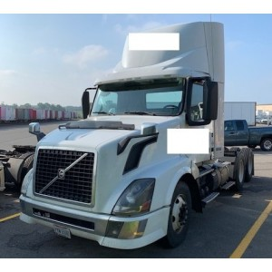 2015 Volvo VNL 300 Day Cab in DE