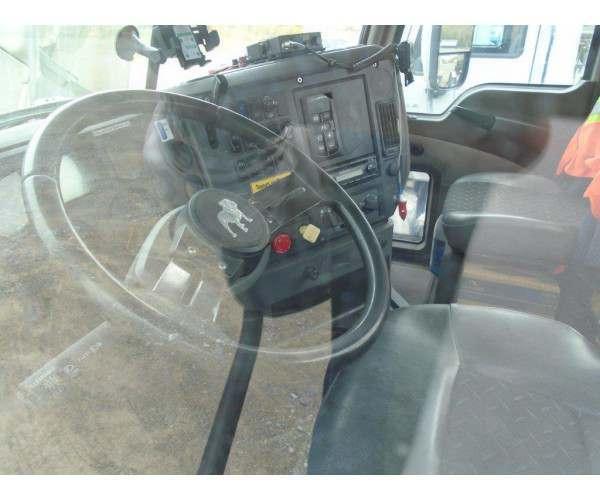 2012 Mack Day Cab 2