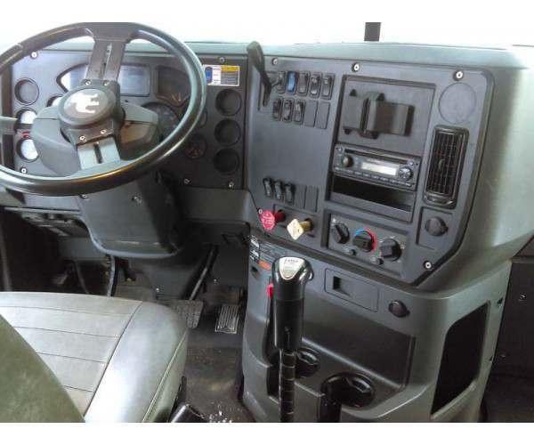 2009 Mack CXU613 5