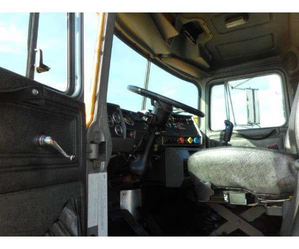 2002 Mack RB688S Dump Truck 4