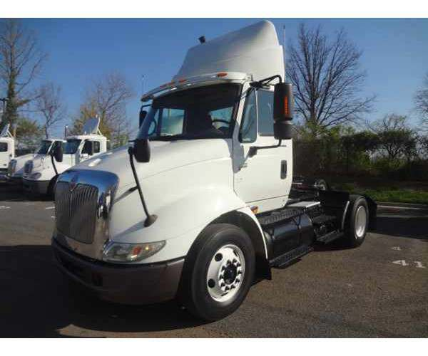 2007 International 8600 Day Cab in MD